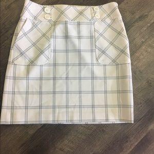 Ann Taylor Loft skirt with side zipper